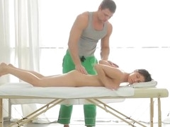 Beautiful nude movie scene from the massage salon where immodest masseur hardly packs pretty client